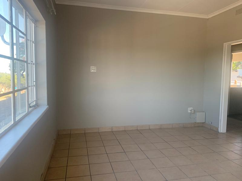 Property For Rent in White River, White River 4