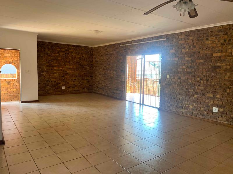 Property For Sale in Kingsview Ext 3, Kingsview, White River 7